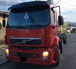 Volvo VM 330 8x2 Bi Truck No chassis 2013 mod 13