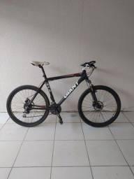 Título do anúncio: Bicicleta Giant ATX PRO