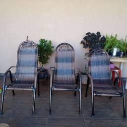 Vendas e reformas de cadeiras de área e de junco  somos de Ribeirão Preto sp