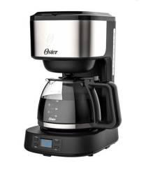 Cafeteira digital Oster ocaf500 aço inox preta