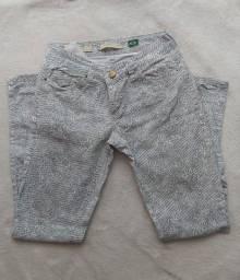 Título do anúncio: Calça aquamar branca e cinza