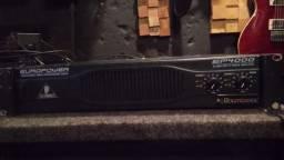 Amplificador de potencia behringer ep4000
