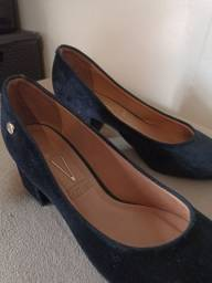 Título do anúncio: sapato um pouco alto em ótimo estado