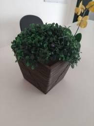 Título do anúncio: Jarro flor artificial verde