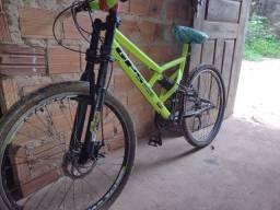 Vendo essa bike top