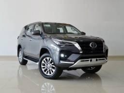 Título do anúncio: Toyota SW4 2.8 Diesel 7 Lugares SRX