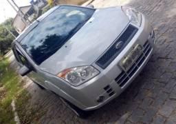 Ford Fiesta Class 1.6 8V Flex 5p prata