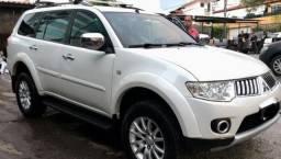 Dakar hpe 3,2 diesel 4x4 2011 7 lugares top e está nova realmente - 2011