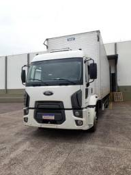 Vendo Ford cargo 2428 bom estado caminhão trabalhando - 2012