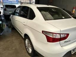 Fiat grand Siena financia sem entrada - 2015