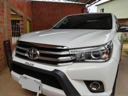 Toyota Hilux Toyota Hilux 4x4 - Diesel - Automática - 2016