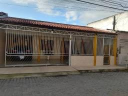 Leo Vende, Linda casa Bairro Cidade Nova, Top