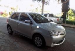 Toyota Etios Hatch XLS 1.5 flex