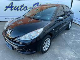 Peugeot 207 1.4 Sedan Completo! R$ 2.500 Ent. + 48x 530,00! 2010
