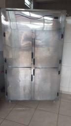 Geladeira / Refrigerador Comercial Gelopar 4 Portas GREP-4P - 220V