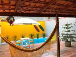 Linda casa com piscina para veranear em Balneário Camboriú
