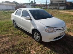Etios Sedan X 1.5 2015 Extra