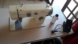 Máquina de costurar Eldim