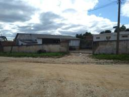 Ótimo lote contendo barracão no Bairro Guaraituba