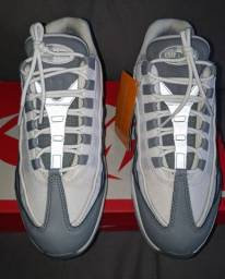 Título do anúncio: Tênis Nike Air Max 95 Essential Masculino