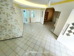 Título do anúncio: Casa de Condomínio com 4 quartos à venda, 240 m² por R$ 650.000 - Recanto dos Vinhais