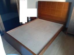 Vendo cama e colchão de casal (modelo tradicional)