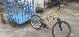 Título do anúncio: Carrinho com bike para reciclado