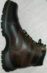Bota, proteja seus pés por um preço acessível