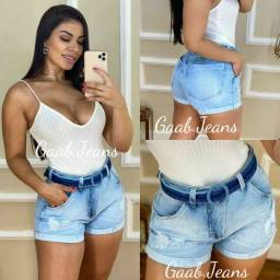 Short jeans, acompanha cinto