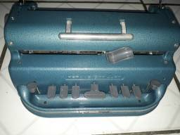 Vendo maquina Perkins Braillersuper conservada