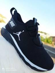 Título do anúncio: Promoção Tênis Nike Jordan ( 120 com entrega)