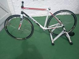 Título do anúncio: Quadro soul speed, tamanho 51, garfo carbono kuota, rodas com cubo Tiagra, sem o rolo