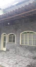Título do anúncio: Vendo ótima casa de vila no centro de  Muriqui