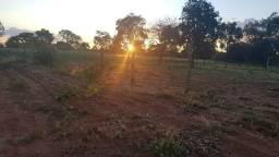 Terreno Em Condomínio Fechado Com Água e Luz
