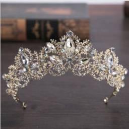 Coroa/tiara De Noiva/debutante De Strass Prata ou Dourada- Pronta Entrega