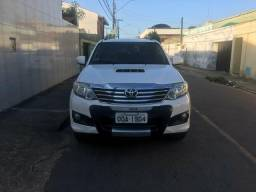 Hilux sw4 7 lugares - 2013