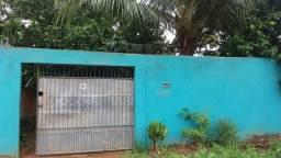 Casa subesquina com a V Caula no Bairro Escola de Policia