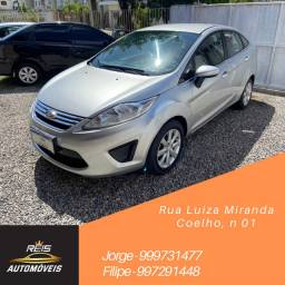 Ford New Fiesta 1.6 SE sedan 2011