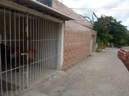 4 casas em um só terreno na Vila Torres Galvão