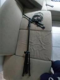 Pedestal + microfone