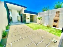 Casa nova com 3 quartos e fino acabamento e em ótima localização! Confira