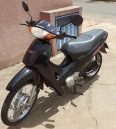 Vendo Honda Biz 100c 2005 partida elétrica