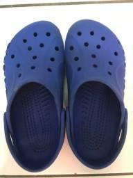 Crocs azul original