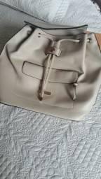 Bolsa tipo mochila da Alice Palucci