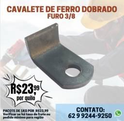 """Título do anúncio: Cavalete de Ferro Dobrado Furo 3/8"""" para Cadeados"""
