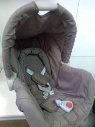 Vendo bebê conforto Galzerano picolina ,super conservado,