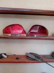 Par de lanterna do Linea 2011 R$ 150,00