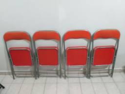 Cadeiras dobráveis São 4 Unidades