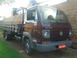 Caminhão Volks Delivery 8150 2007/2008 - 2008