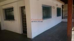 Casa 03 quartos